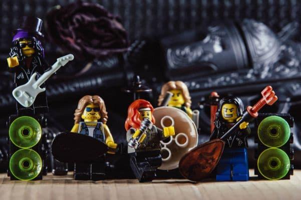 20-Guns-N-Roses-lego__880