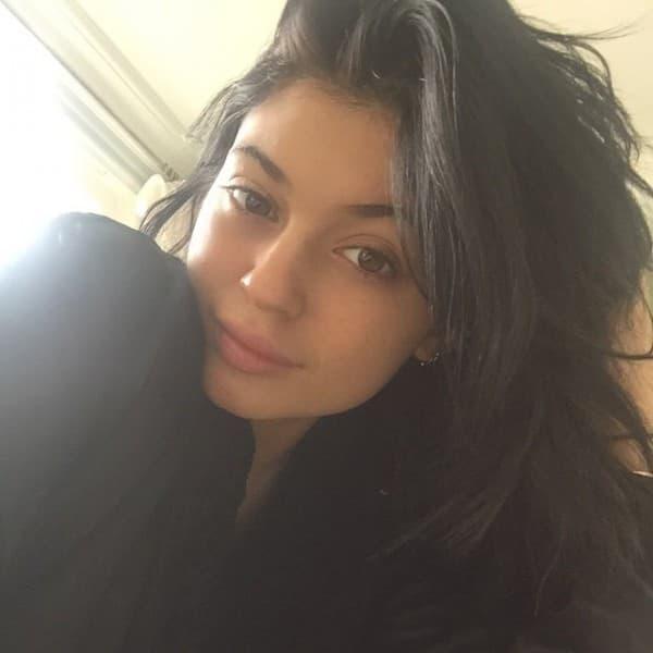 Kylie kao crnka (foto: Instagram)