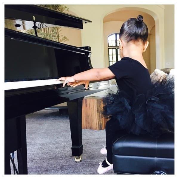 Klavir (foto: Instagram)