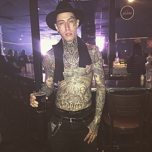 Imaju istu sklonost ka tetovažama (foto: Instagram)