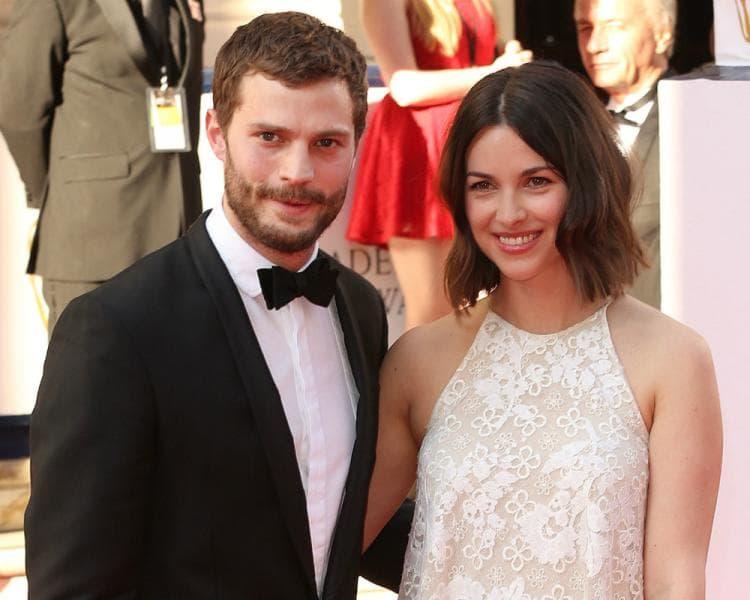 Amelia ide na premijere sa suprugom, ali ne gleda film (foto: WENN)