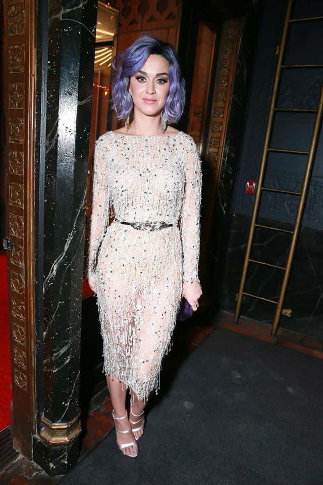 U bekstejdžu Grammyja (foto: celebrityflow.ru)