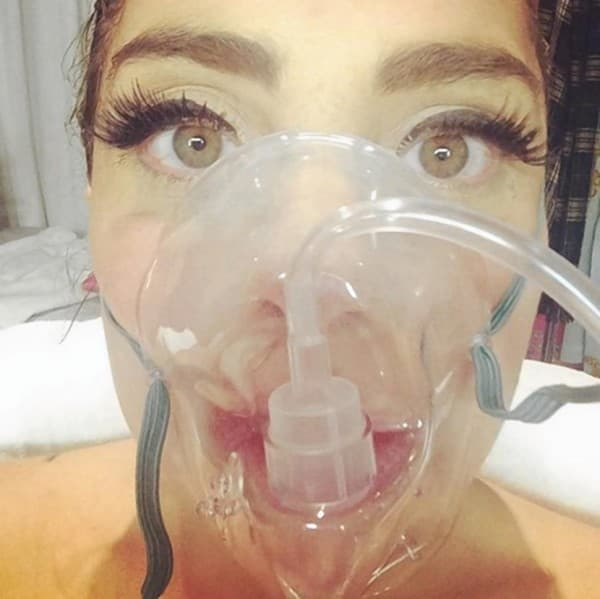Maska za kiseonik (foto: Instagram)