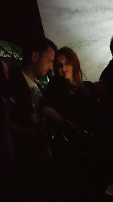 Snežana sa novim dečkom na reviji Ane Nikolić! (foto: Blic)