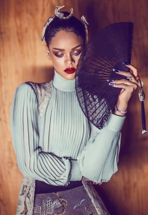 Rihanna 03