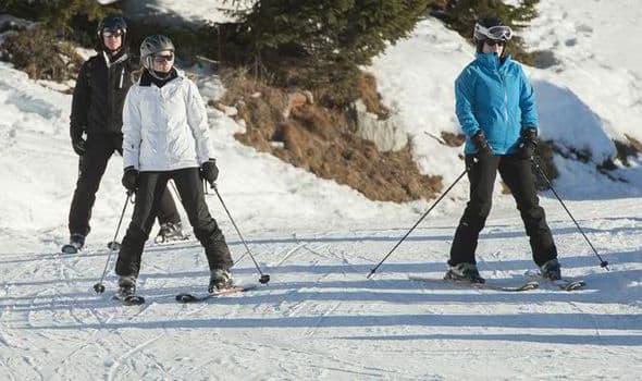 Beatrice na skijanju (foto: Express.co.uk)