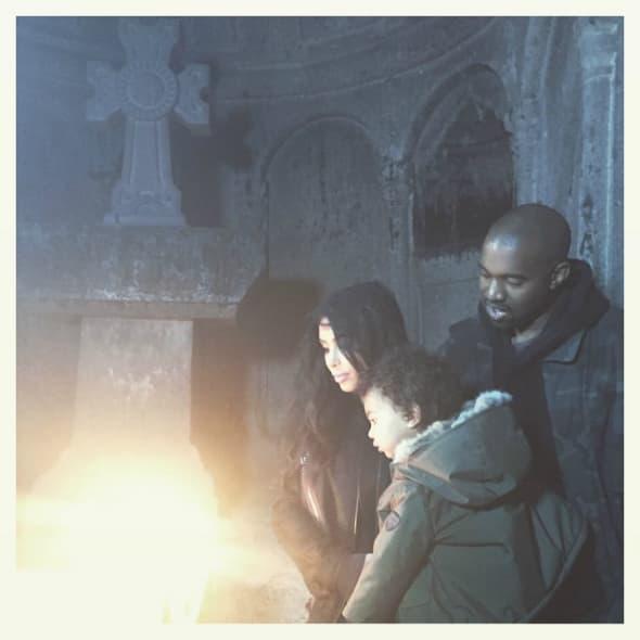 Kim, Kanye i North u Jermeniji (foto: Instagram)