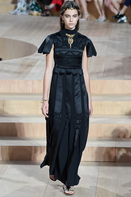 Valentino Fall 2015 Couture_16