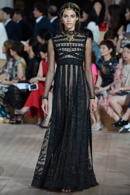 Valentino Fall 2015 Couture_19