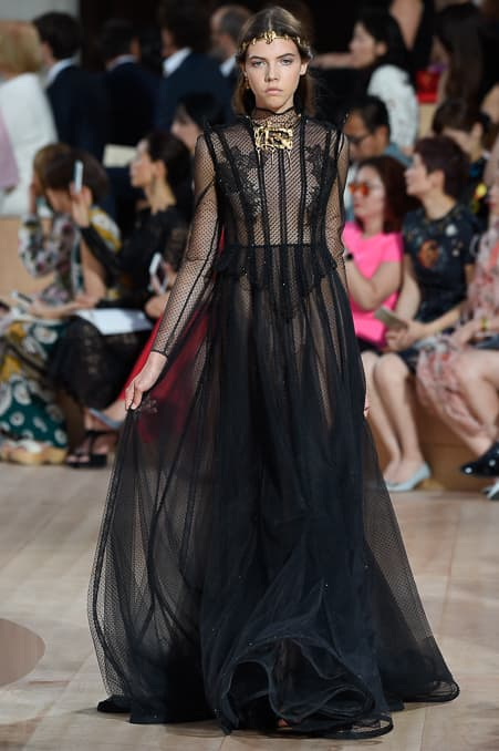 Valentino Fall 2015 Couture_21