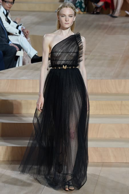 Valentino Fall 2015 Couture_24