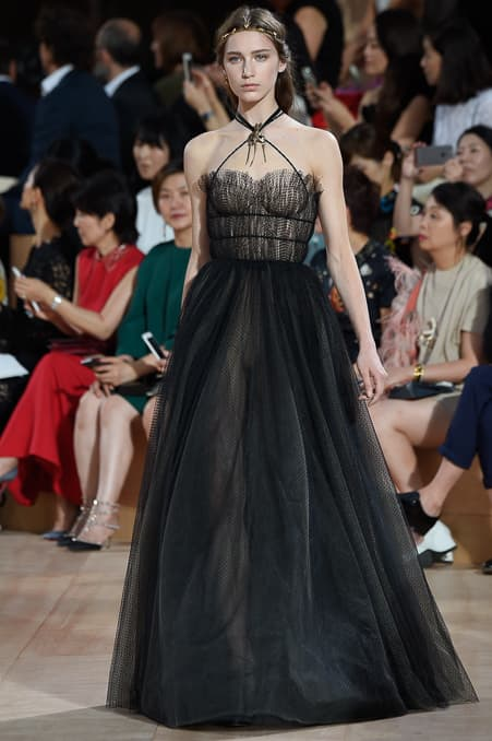 Valentino Fall 2015 Couture_25