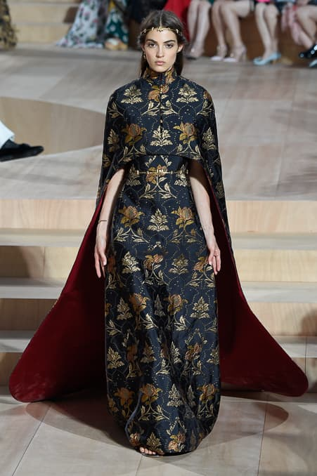 Valentino Fall 2015 Couture_35