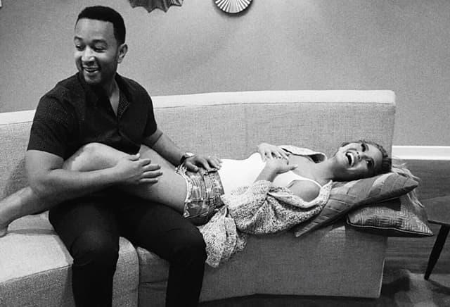 Srećni par očekuje prvo dete! (foto: Instagram)