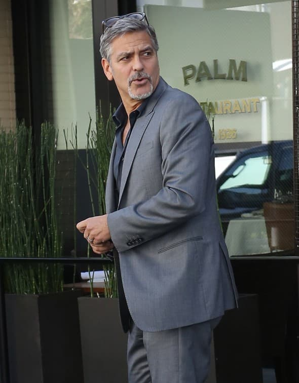George Clooney nakon ukusnog ručka  (foto: WENN)