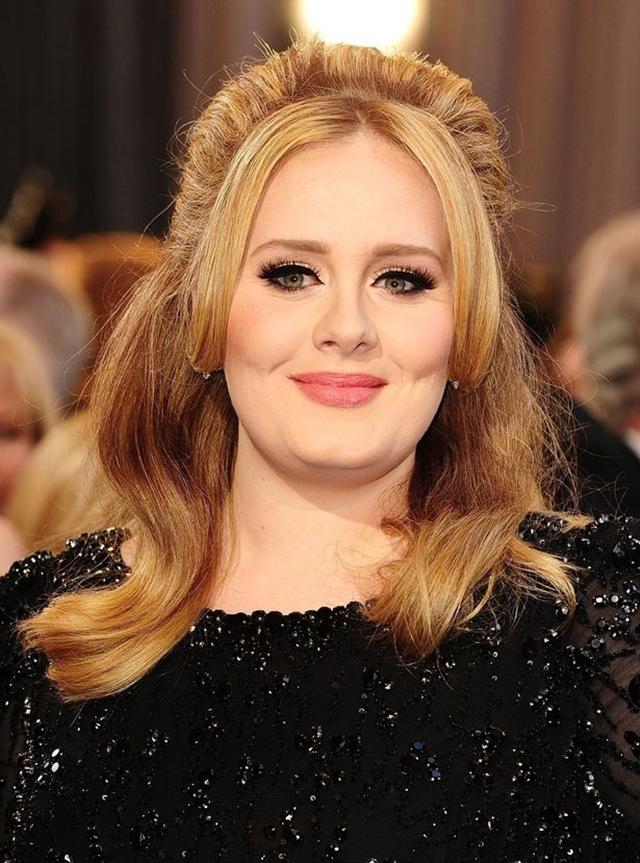 Adele je svojim singlom 'Hello' do sada bila na prvom mestu po pregledima u jednom danu (foto: PA)