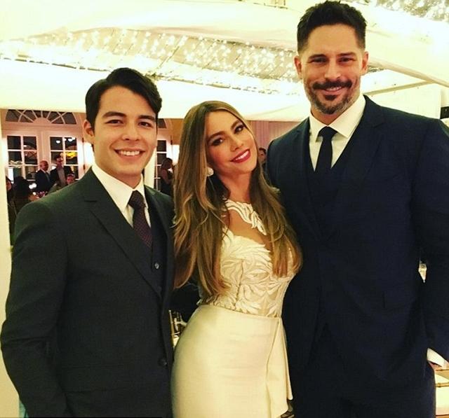 Sofia sa suprugom Joeom i sinom Manolom (foto: Instagram)