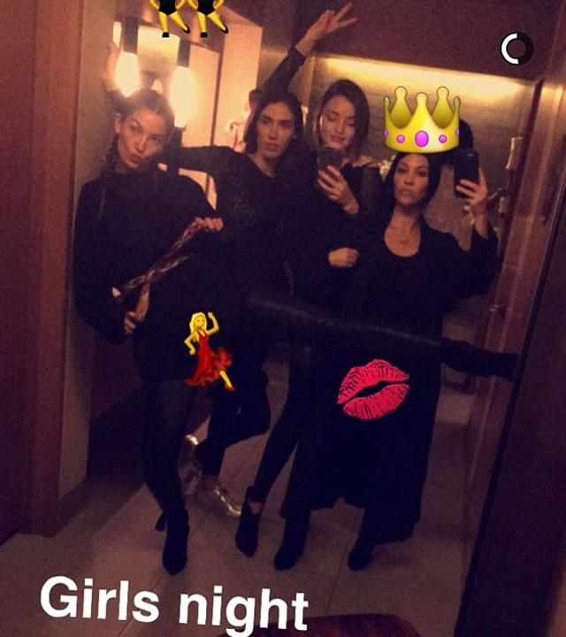 Žensko druženje (foto: Snapchat)