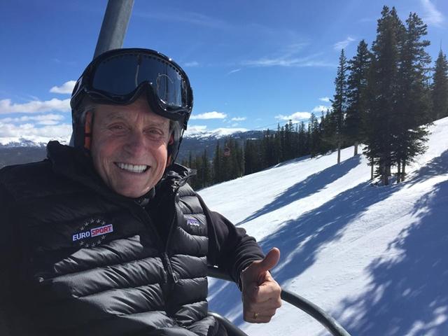 Nasmejani Michael na skijanju (foto: Facebook)