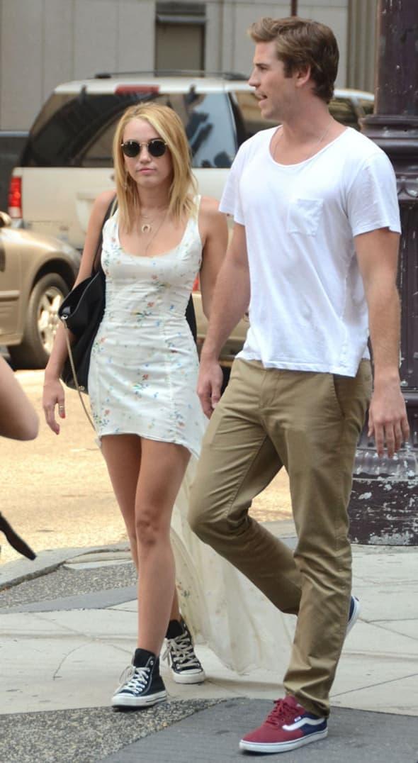 Maley Cyrus i Liam Hemsworth ( foto: WENN )