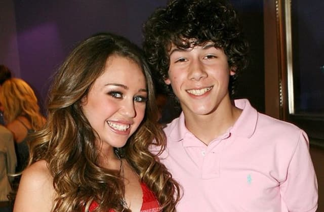 Veza Miley i Nicka trajala je tri godine (foto: Rex)