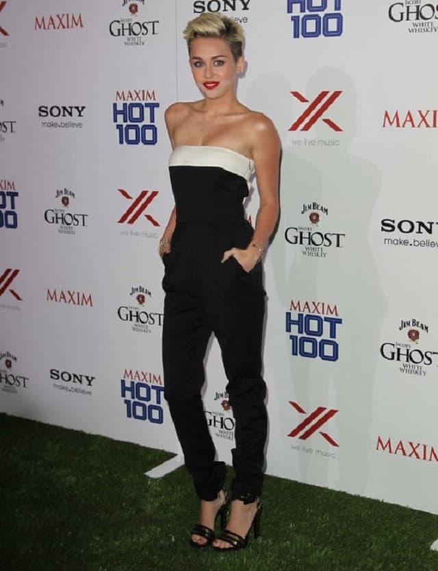 Miley je doživela iskustvo nalik horor filmu (foto: Wenn)