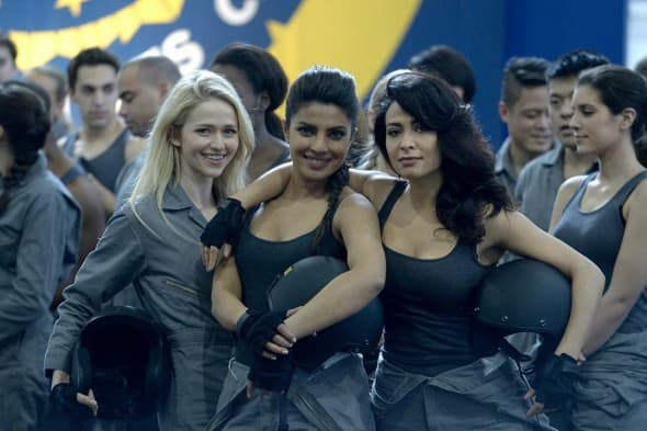 Priyanka sa koleginicama na setu serije Quantico (foto: Instagram)
