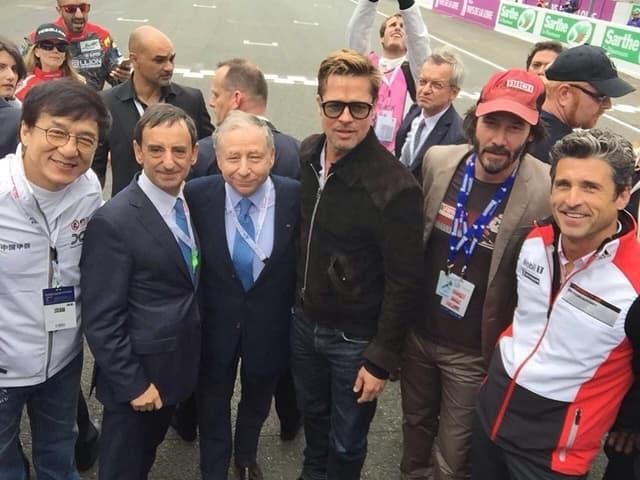 Brad sa Jackie Chanom, Patrickom Depseyem i Keanu Reevesom na trci (foto: Instagram)