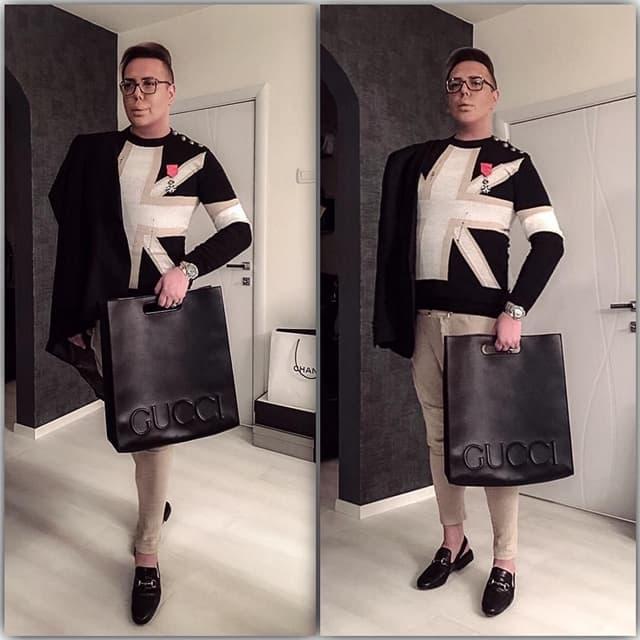 Boki u Balmain-u sa ordenom i neobičnom Gucci torbom (foto: Instagram)