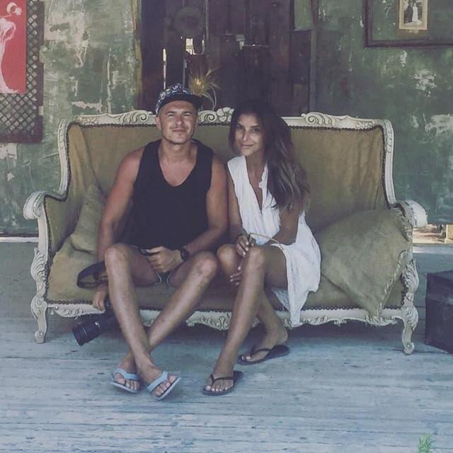 Jovana i Sale uživaju na domoru (foto: Facebook/JovanaPajicOfficial)