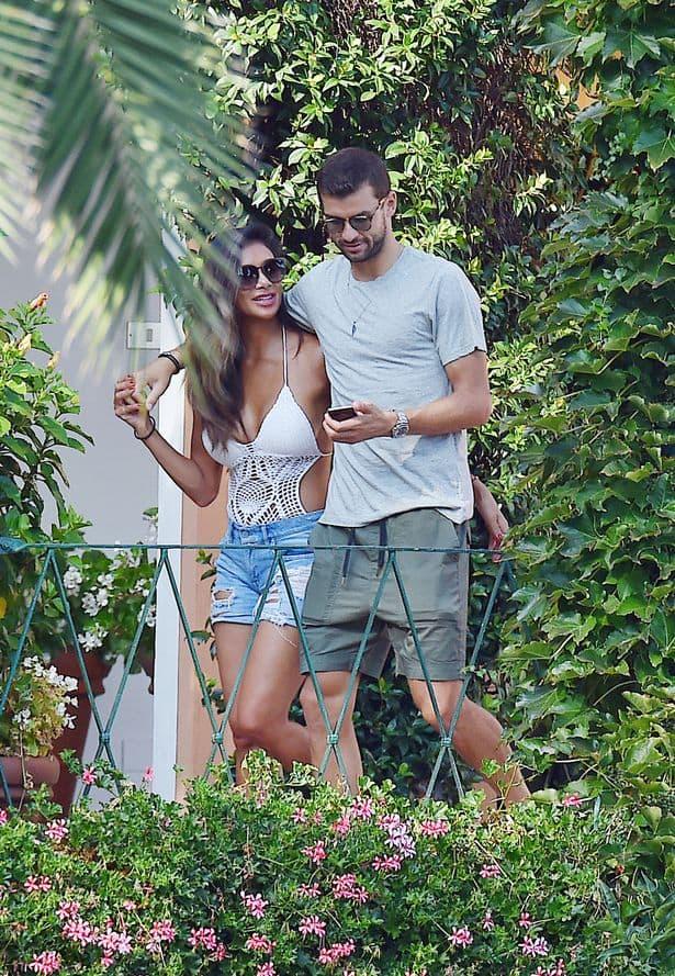 Nicole priznaje da je pored Grigora srećnija nego ikad (foto: Xposurephotos)