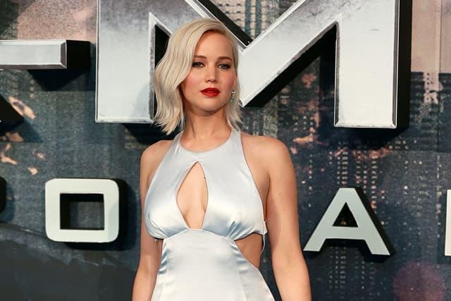 Jennifer-Lawrence-u-vezi-sa-21-godinu-starijim-rediteljem
