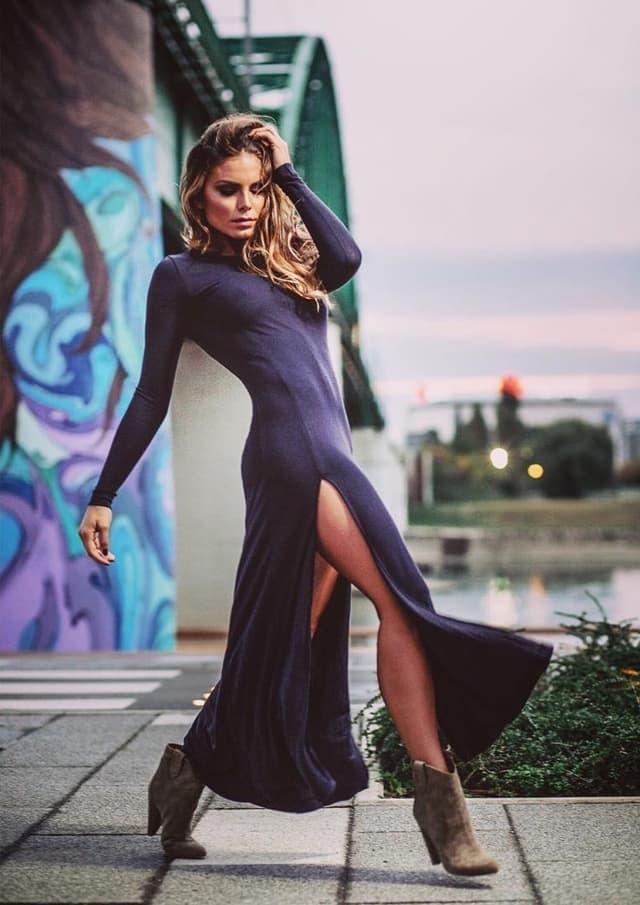 Nina polako grabi ka Holivudu (foto: Instagram/ninasenicar)