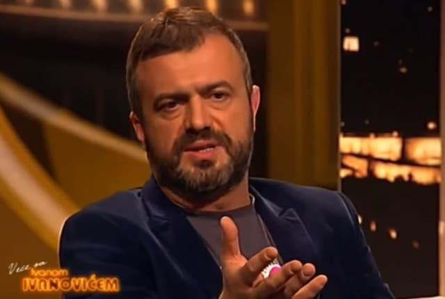 Sergeju se nije dopalo što na humanitarnoj reviji peva pevačica iz Granda (foto: Screenshot)