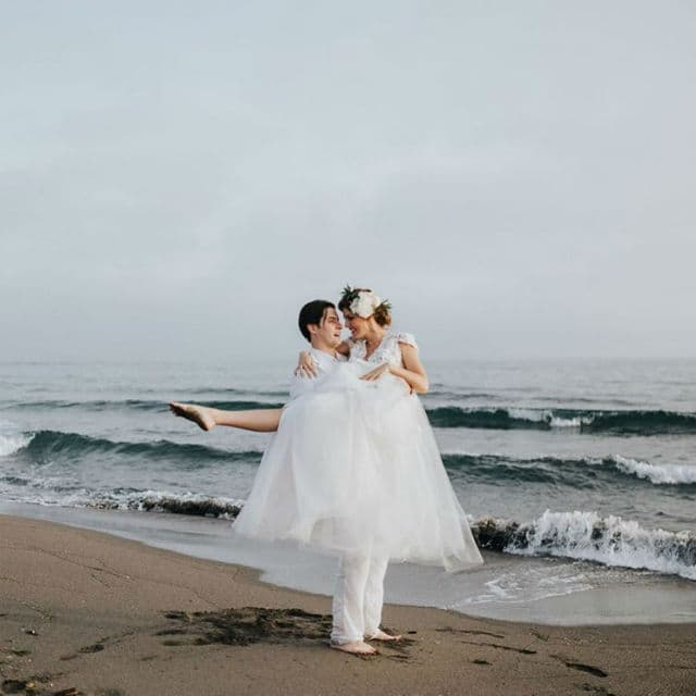 Skladan glumački par na venčanju.. (foto: Instagram/tamaradragičević)