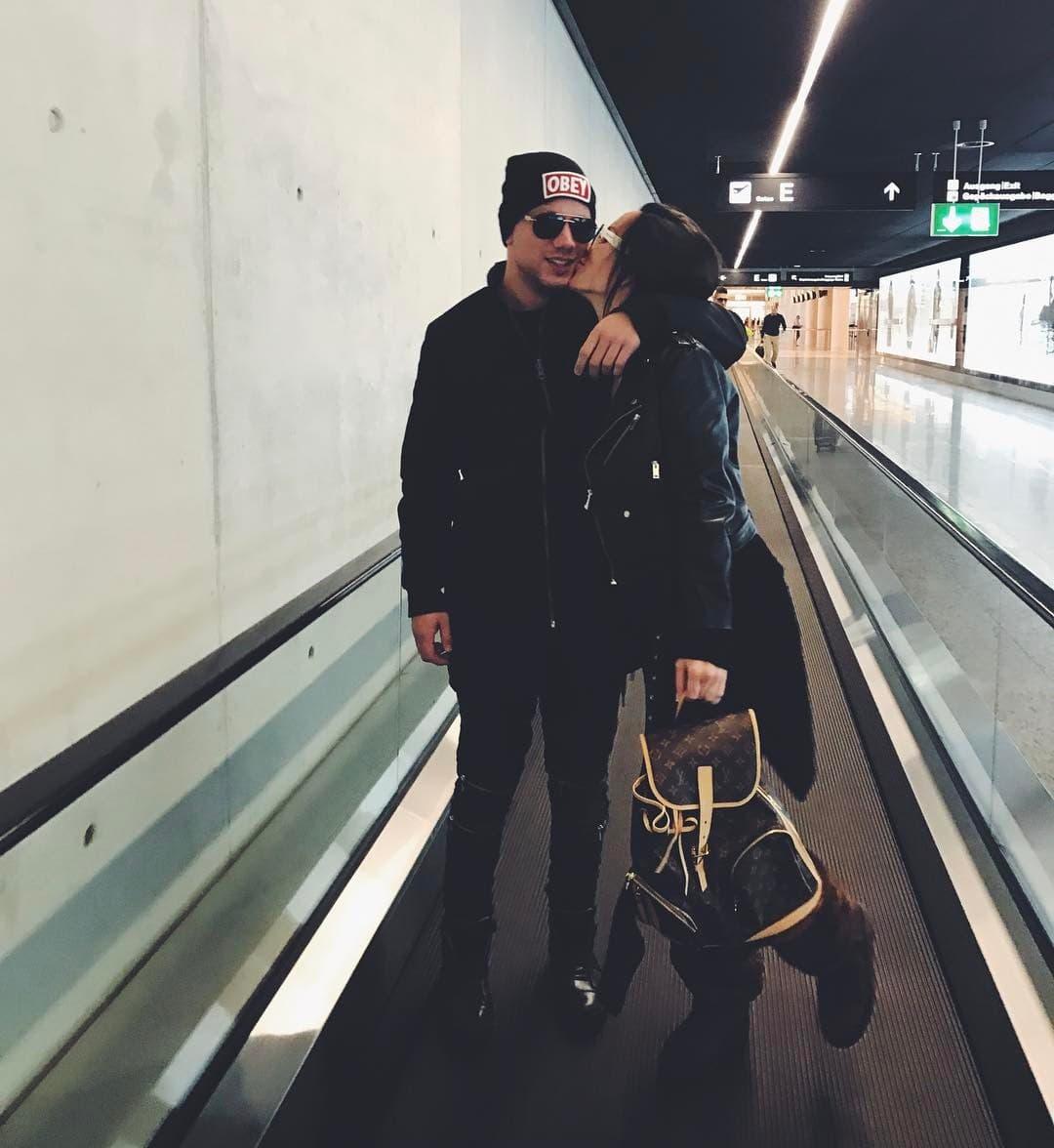 Par je napravio pometnju u avionu nakon povratka iz Ciriha (foto: Instagram.com/nikki_nicole_)