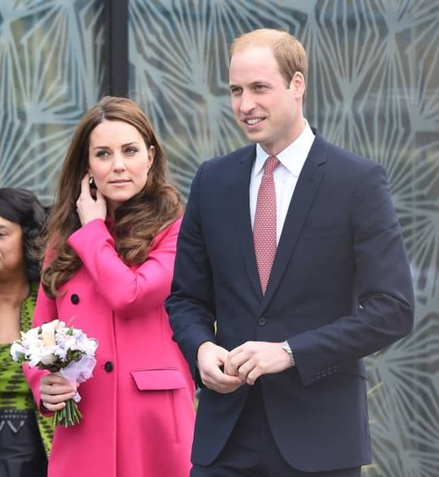 Princ William nikada nije nosio burmu (foto: Wenn)
