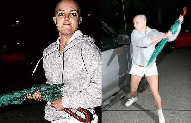 Pevačica je 2007. godine doživela nervni slom i fizički se obračunala sa paparacom (foto: Pinterest)