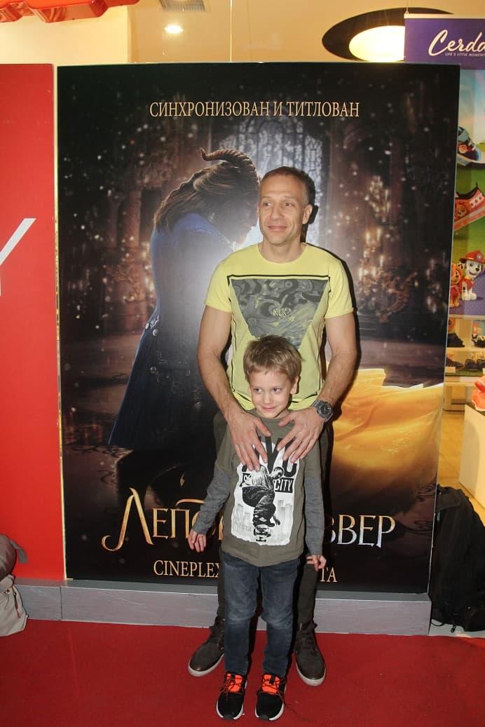 Milan Kalinić sa sinom