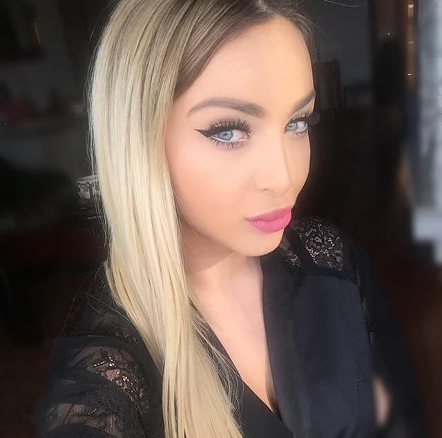 Pevačica otkrila malo poznat detalj (foto: Instagram.com/mayaberovicofficia)