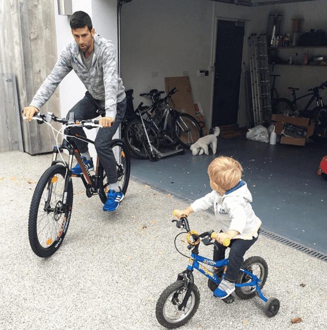 Novak uživa sa sinom Stefanom (fotoinstagram.com/djokernole/)