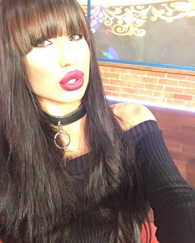 Tijana je imala brojne intervencije na telu, od usana do grudi (foto: Instagram.com/ticamaksimovic)
