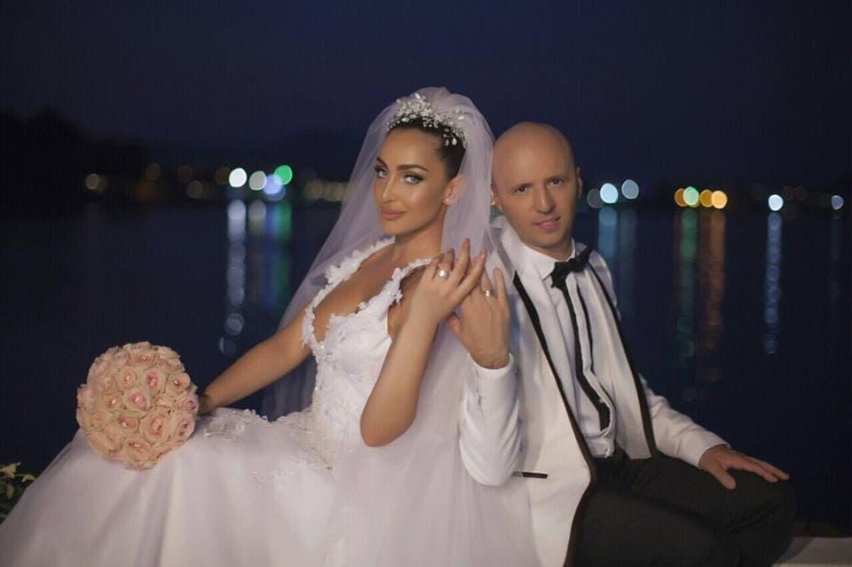 Pevačica je godinu dana u braku (foto: Instagram.com/mayaberovicofficial)