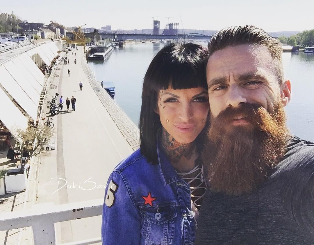Par će se uskoro venčati (foto: Instagram.com/jelena_krunic)