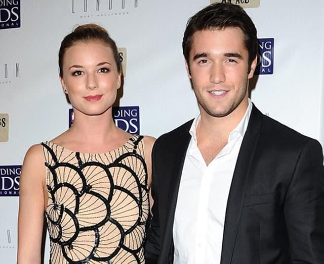 Emily i Josh uskoro će se venčati (foto: Wenn)