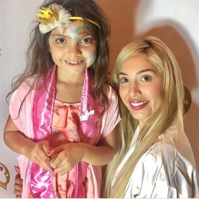 Farrah sa osmogodišnjom ćekicom Sophiom (foto: Instagram.com/farrah__abraham)