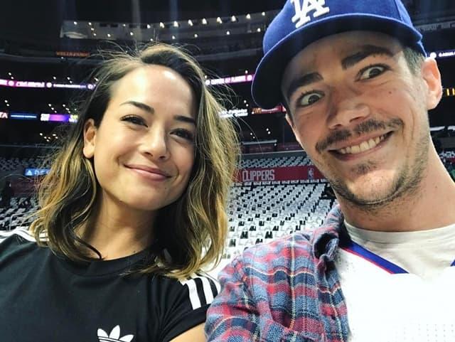 Par je juče objavio veridbu (foto: Instagram.com/grantgust)
