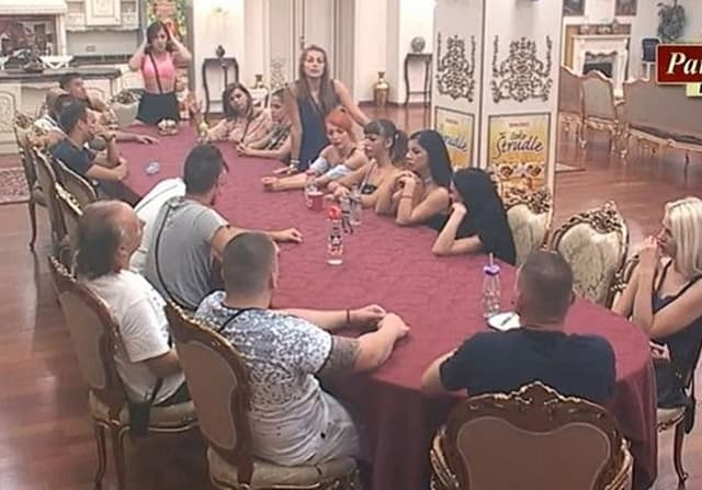 Učesnici otkrili šta su po zanimanju (foto: Screenshot)