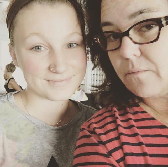Majka i ćerka oduvek su imale komplikovan odnos (foto: Instagram.com/rosie)