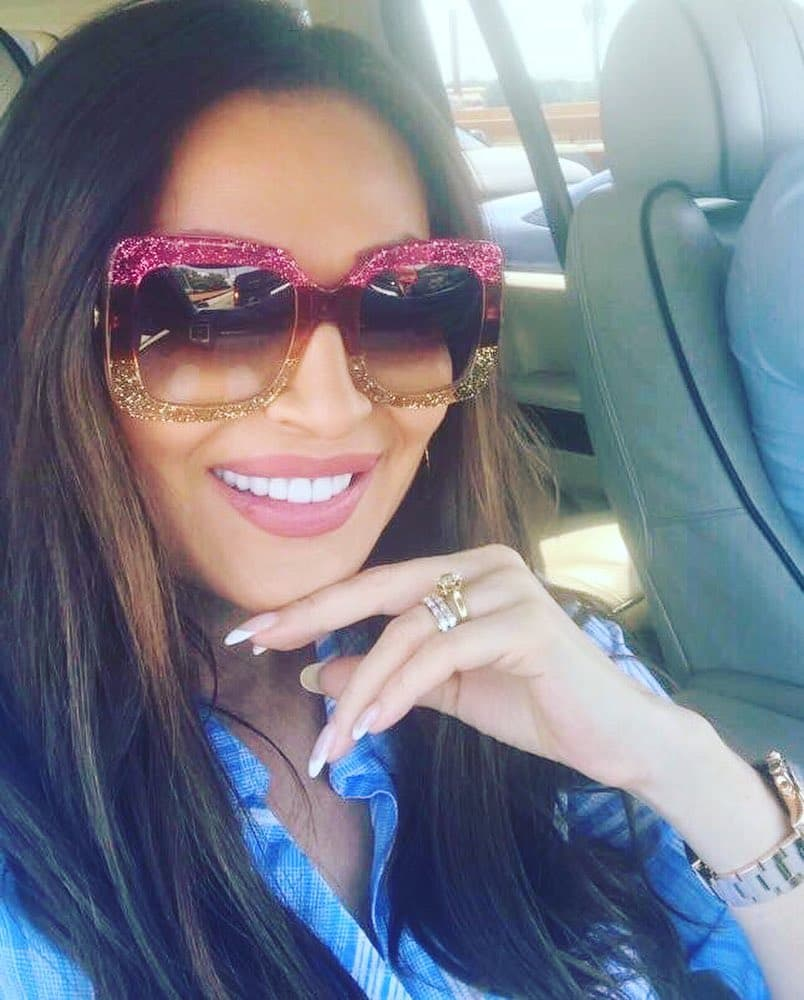 Pevačica se pohvalila novim modnim dodatkom (foto: Instagram.com/craznatovic_official)
